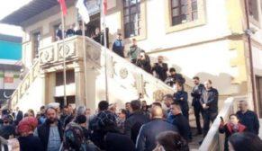 BELEDİYEYE 'BAZ İSTASYONU' TEPKİSİ