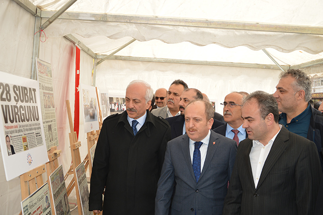 "AK PARTİ'DEN ""28 ŞUBAT"" SERGİSİ"