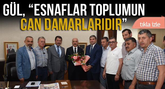 PAZAR ESNAFI İLE SOHBET ETTİ