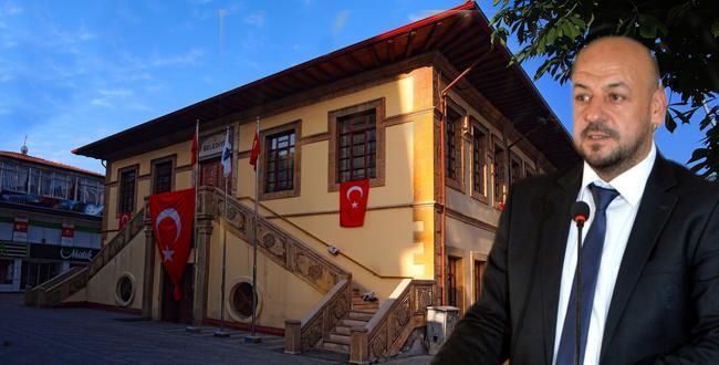 """""""BELEDİYE'YE TC TABELASI ASILSIN!"""""""
