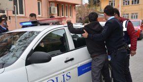 POLİS'E SALDIRDI, KOLUNDAN YARALANDI